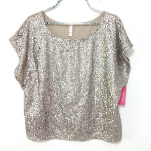 Xhilaration Silver Sequin Top Size Medium